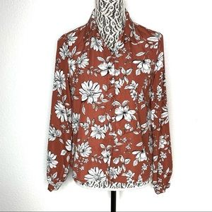F21 Contemporary rust red floral button down small
